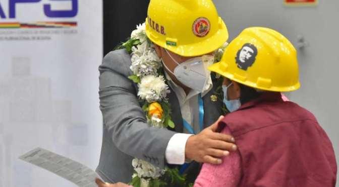 Gobierno presenta el Seguro Obligatorio contra Accidentes, para los trabajadores de la construcción