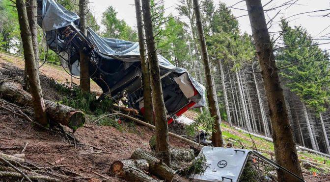 Sujetos desactivaron el freno de un teleférico en Italia, causaron una tragedia