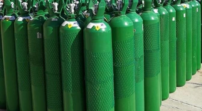 Hospital Zelaya produce 40 tubos de oxígeno al día y la mitad va al Fray Quebracho