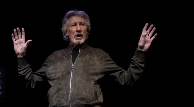 «¡Vete a la mierda! ¡De ninguna manera!»: La dura respuesta de Roger Waters a la petición de Zuckerberg