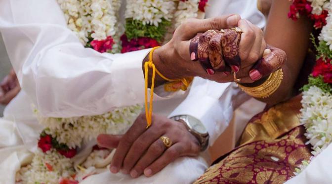 Novia muere en plena boda y su hermana menor se casa con el novio