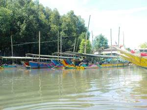 boats for Phang Nga Bay