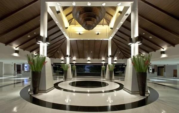 Sheraton lobby at Sunset