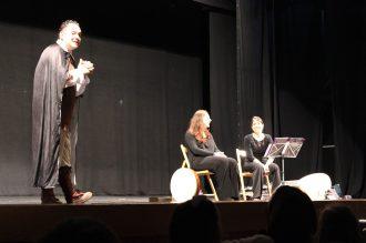 III Encuentro Guitarra Suzuki - Maestro de ceremonias presentando al duo Dolce Rima, compuesto por un de nuestras profesoras de la escuela