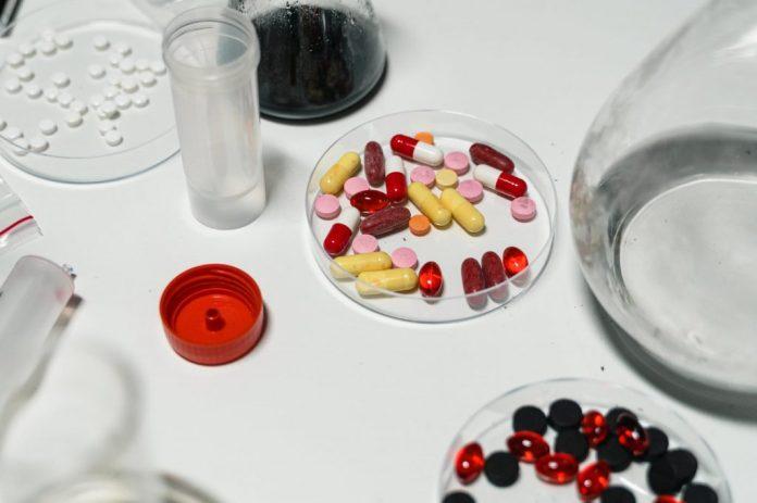 dark addiction emergency unhealthy