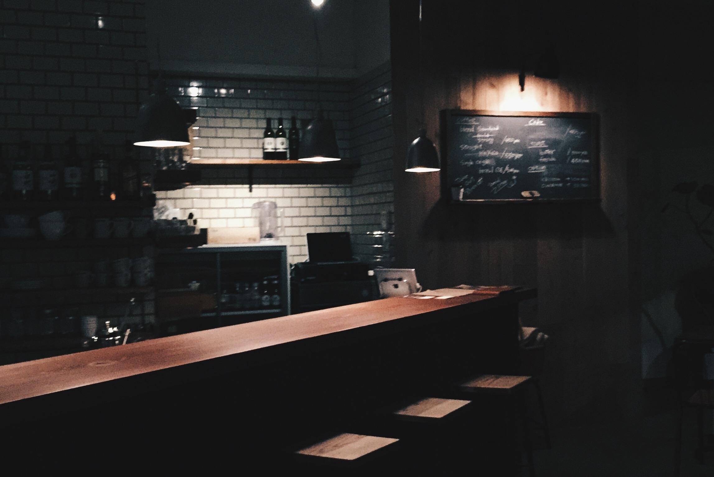 【大阪・梅田】おすすめカフェ・コーヒースタンドまとめ Whitebird coffee stand