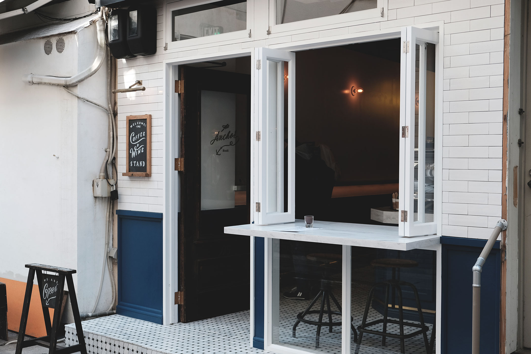 The Anchor Coffee & Wine Stand 神戸