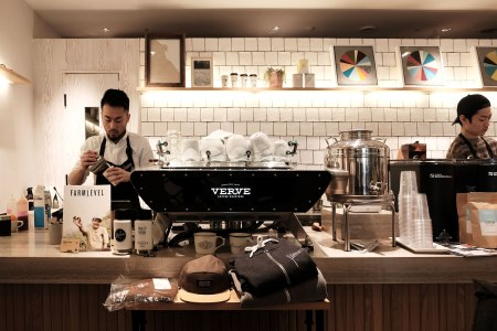 VERVE COFFEE ROASTERS SHINJUKU STATION