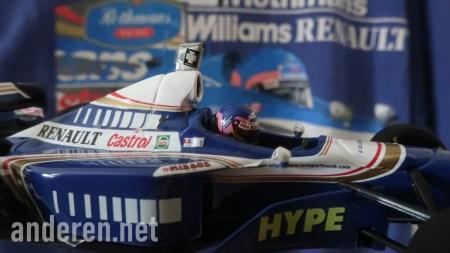 Jacques Villeneuve tee after a Minichamps Diecast Formula 1 Car, Williams FW19 Renault, F1Rewind, Formula 1, F1, 1997年一級方程式歐洲站, 韋侖洛夫, anderen.net