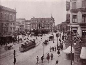 4. Der Alexanderplatz mit der Berolina 1903.