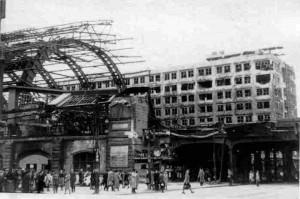 Der Bahnhof Alexanderplatz 1945
