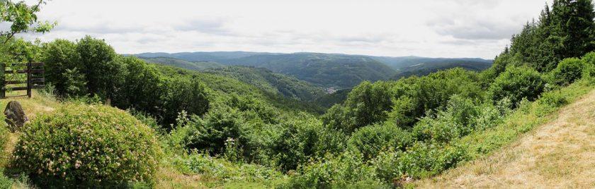 Immer wieder ergreifen: das Panorama vom Steinerberg Richtung Süden
