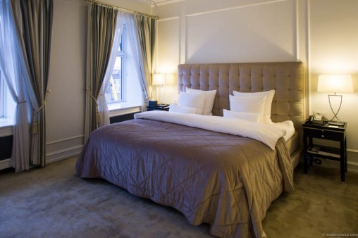The bedroom at D'Angleterre