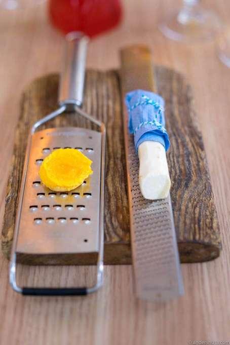 Dried egg yolk and horseradish for self-service shaving