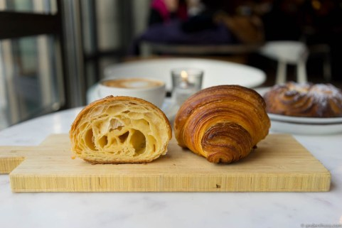 Crispy and airy croissants