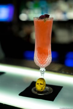 Beefeater 24 / White Chocolate / Lime / Hibiscus Tea Syrup / Champagne
