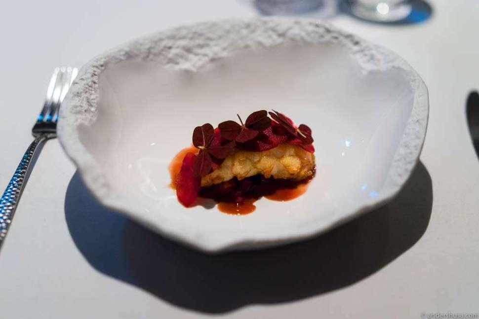 Langoustine from Frøya, red beets & raspberry vinegar.