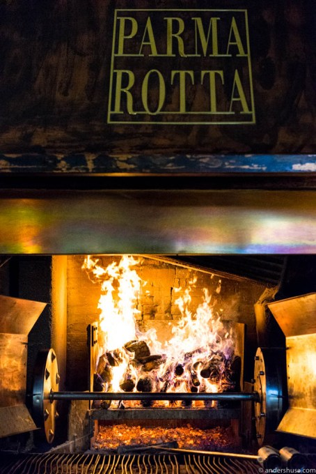 The woodfired oven at restaurant Parma Rotta