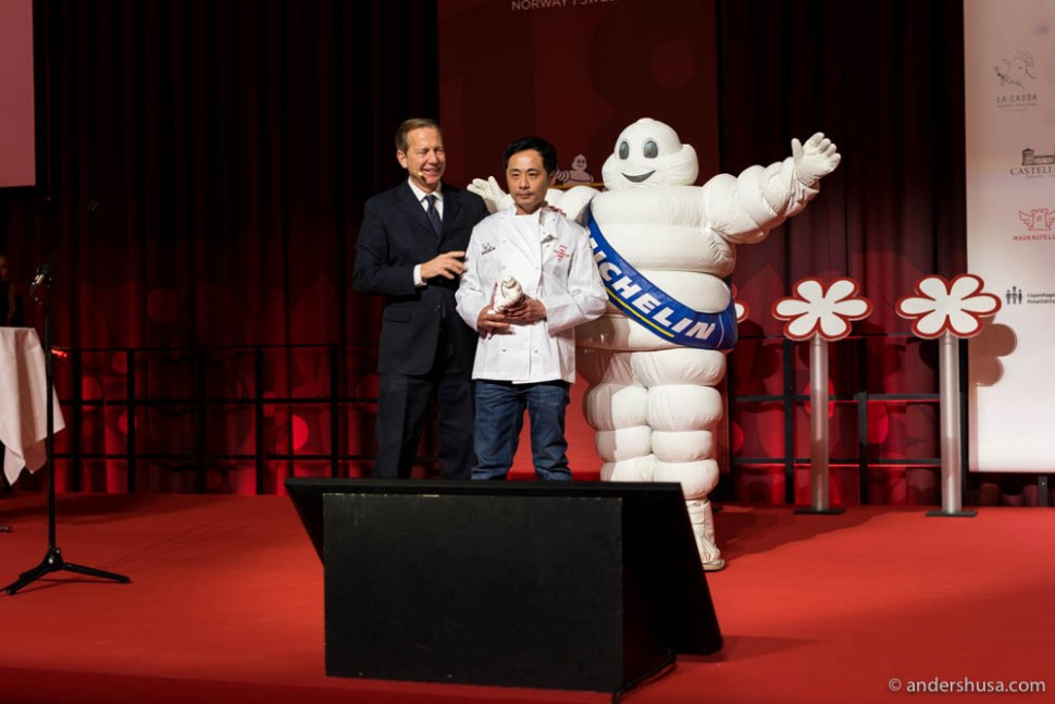Björn Svensson accepts his third-in-a-row Michelin stars for restaurant Galt in Oslo.