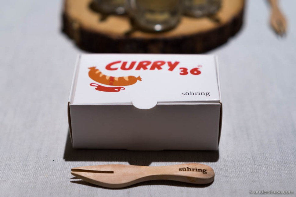 Miniature-size currywurst!