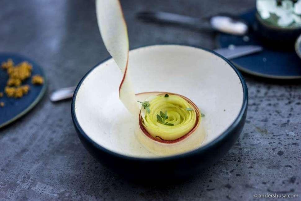 Apple salad with blackcurrant wood oil