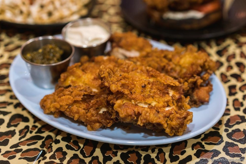 """You can also order fried chicken thighs – """"gai tod naeng noi."""""""