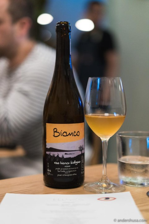 Le Coste – Bianco 2017, at Elly's in Mexico City.