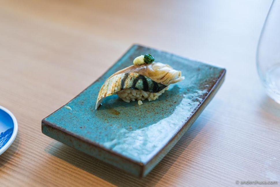 Danish mackerel from North Sjælland brined in salt and vinegar, topped with chive and ginger.