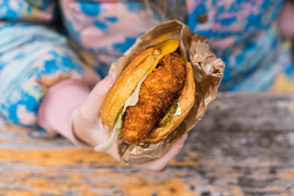 Poulette makes the best fried chicken sandwich in Copenhagen – Nashville-style hot!