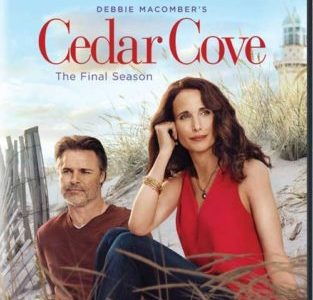 DEBBIE MACOMBER'S CEDAR COVER: THE FINAL SEASON 7