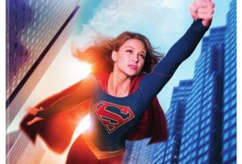 SUPERGIRL: THE COMPLETE FIRST SEASON 11