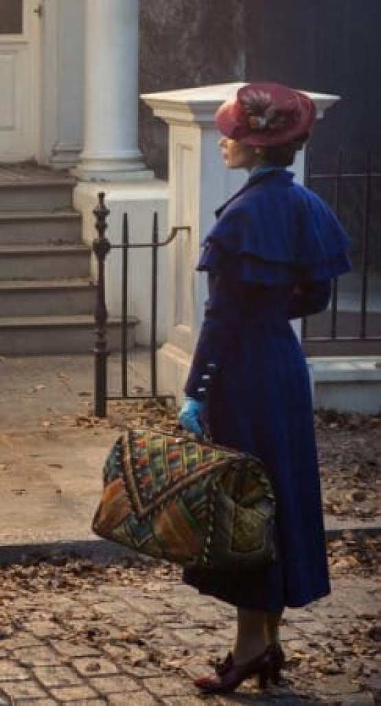 "WORLDWIDE FIRST LOOK AT EMILY BLUNT AS MARY POPPINS IN ""MARY POPPINS RETURNS"" 1"
