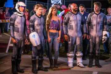 Nichole Bloom and Victoria Pratt Join Cast of 'Lazer Team 2' from YouTube Red 11