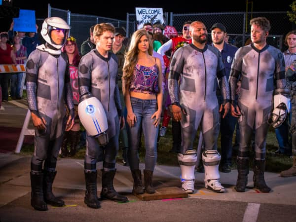 Nichole Bloom and Victoria Pratt Join Cast of 'Lazer Team 2' from YouTube Red 1