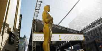Weekend Roundup: Oscar Data, Moon Child, Trailers, Tickets and News! 4