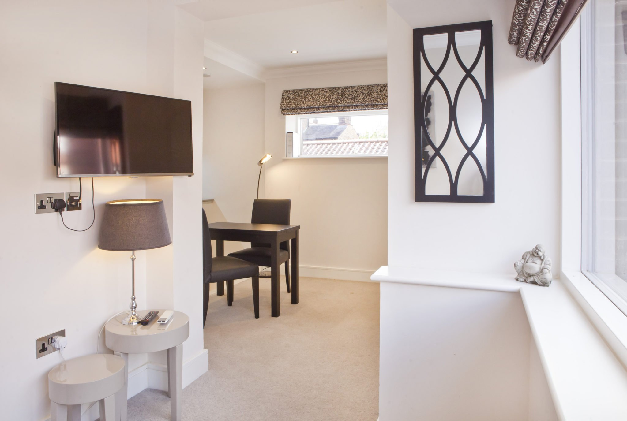 Furnished studio apartment to let York