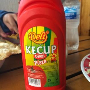 Kecup = actually pizza sauce.