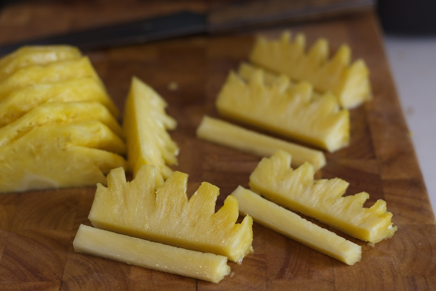 How to cut a pineapple 13