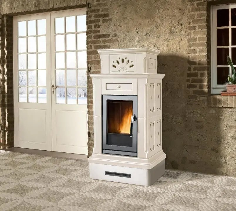 Stufa a pellet Piazzetta Canazei  AndHome by Depr