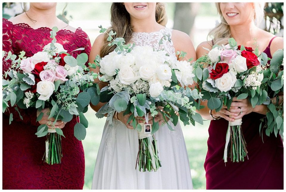 Bridal bouquet and bridesmaids bouquets at PostOak Lodge in Tulsa, OK| Tulsa Wedding Photographer| PostOak Lodge Wedding| Destination Wedding Photographer| Andi Bravo Photography