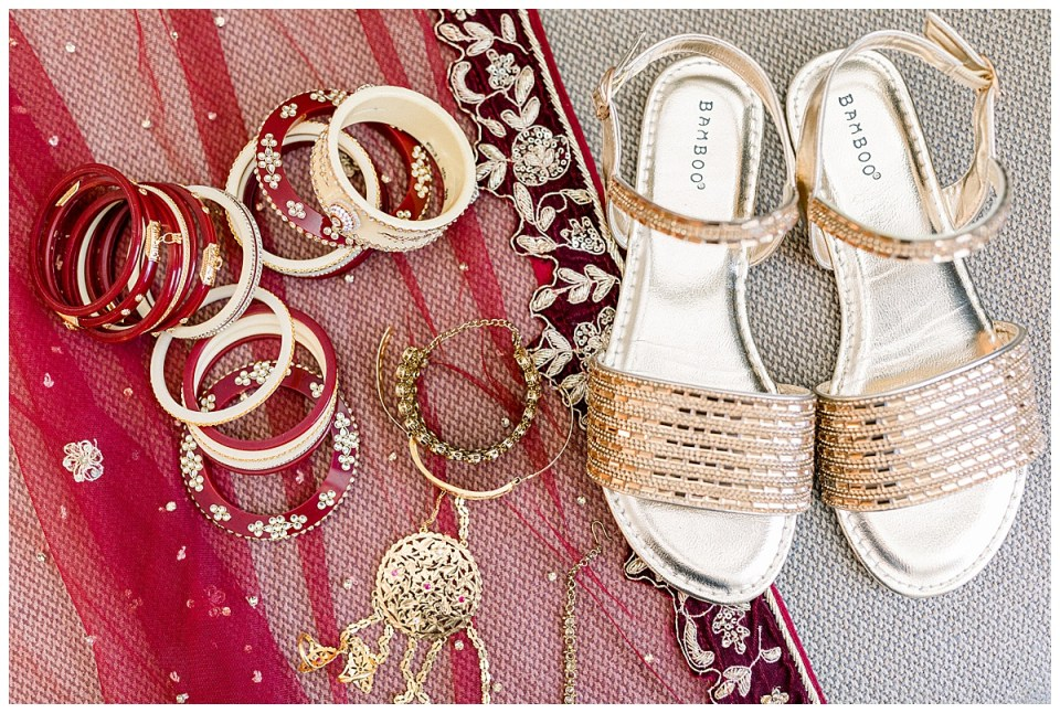 Indian wedding jewelry and shoes | Indian Hindu Wedding Tulsa| The Mayo| Tulsa Wedding photographer| Destination wedding photographer| Andi Bravo Photography| Tulsa wedding venue