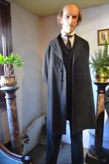 Sherlock Holmes Travelin' 20somethin'