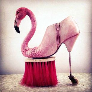 les-sculptures-de-chaussures-surrealistes-de-costa-magarakis-3
