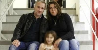 Los padres de Nadia y la menor. EFE