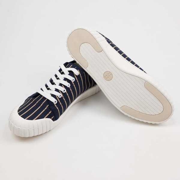 Good News Hurler Low Sneaker - Navy Brown
