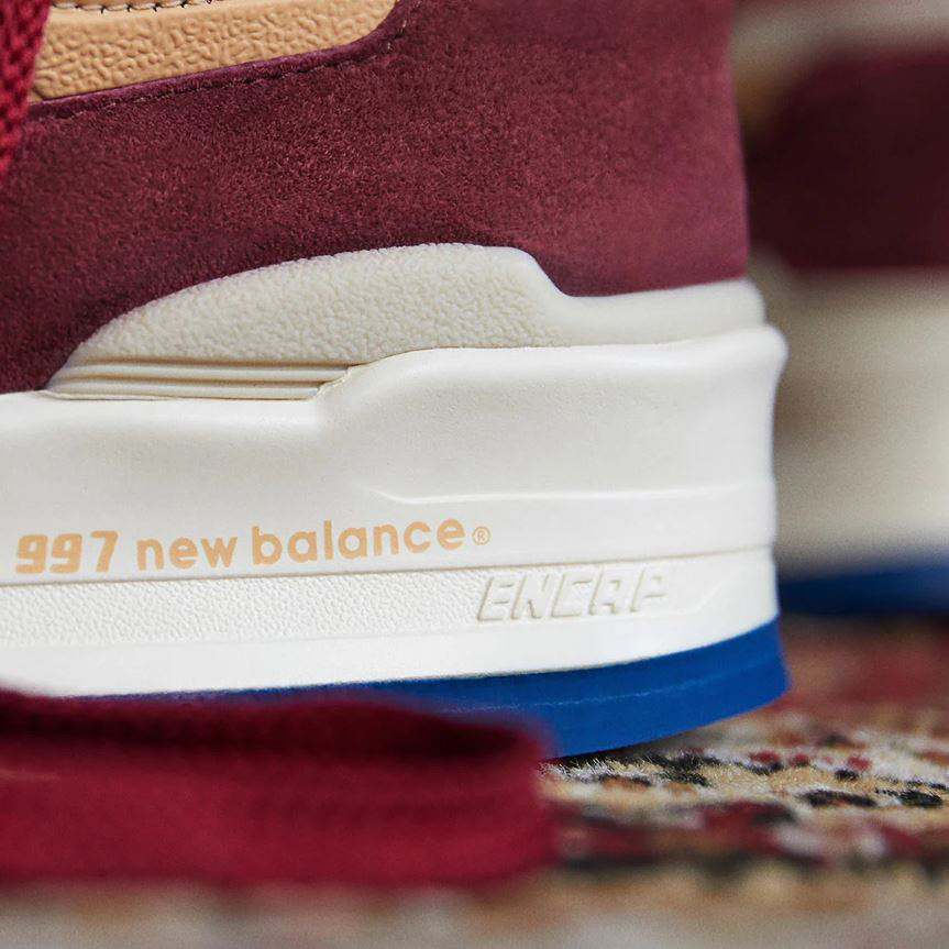 new balance 997 maroon