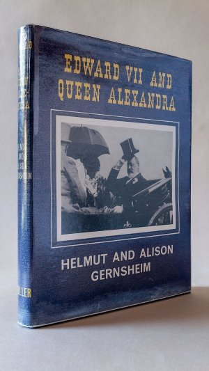 Edward VII and Queen Alexandra: A Biography in Word and Picture