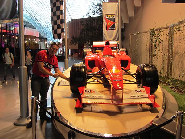 Parque Temático Ferrari World Abu Dhabi.
