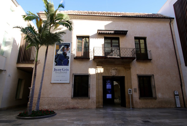Fachada Museo Carmen Thyssen