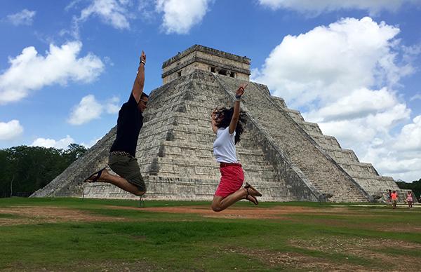 Pirámide Kukulcán Maravilla Del Mundo Moderno